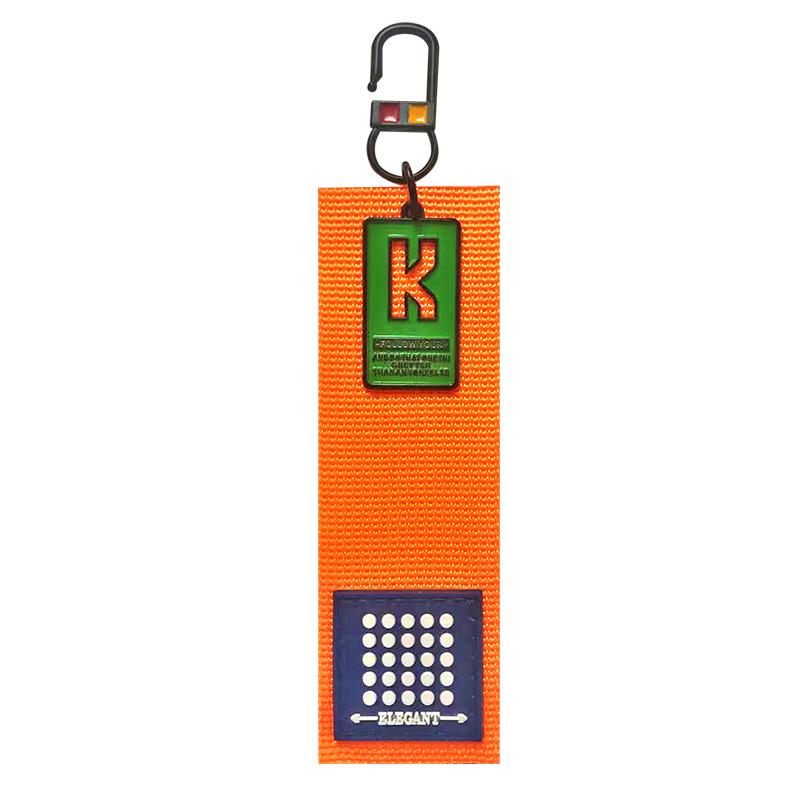 Декоративная навеска стропа с 3D элементом на металлическом крючке 12*3,5см, цв:оранжевый/синий/белый