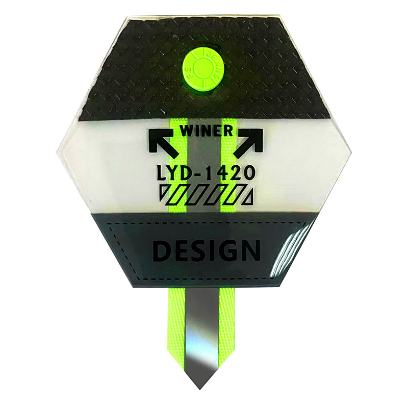 """Нашивка силикон/светоотражающий репс """"DESIGN"""" 8*8,7см , цв:прозрачный /салатовый неон"""
