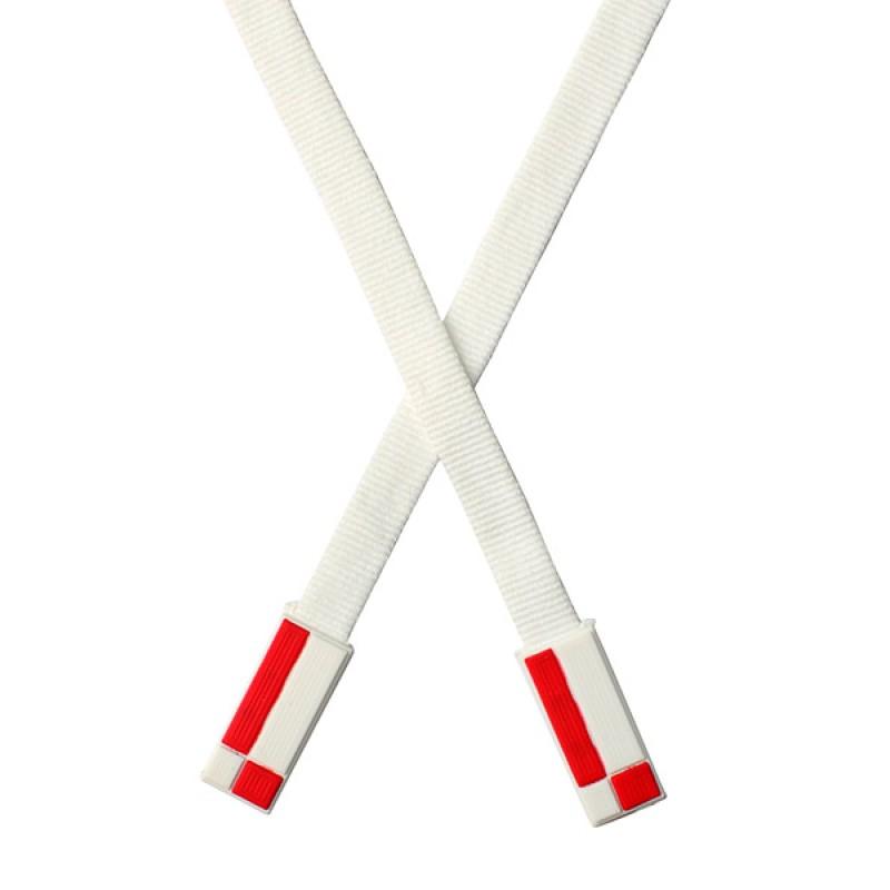 Шнур плоский п/э 1*146см с наконечником, цв: белый