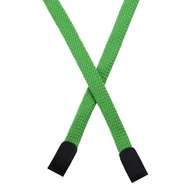 Шнур плоский хлопок 0,8*135см с наконечником, цв: лесная зелень