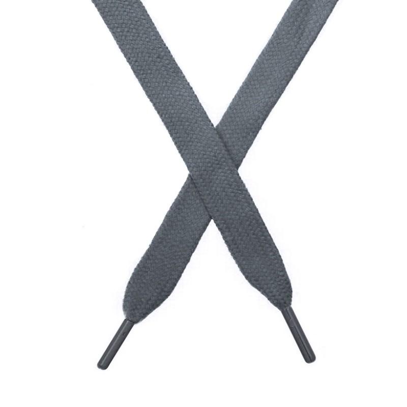 Шнур плоский чулок хлопок 1,2*130-135см с наконечником,цв:металл