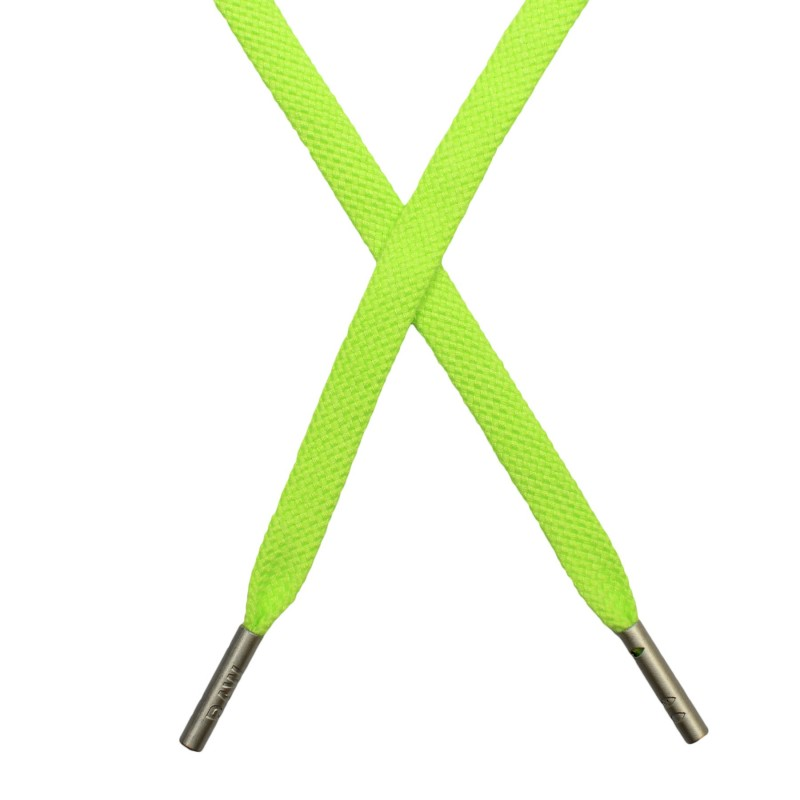 Шнур  плоский плетёный поликоттон  0,9х135см, с наконечником, цв: салатовый неон