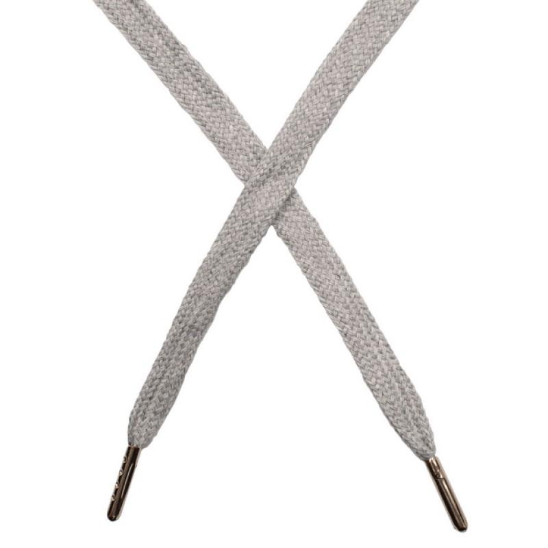 Шнур плоский чулок хлопок 1-1,2*120см с наконечником, цв: светло-серый меланж